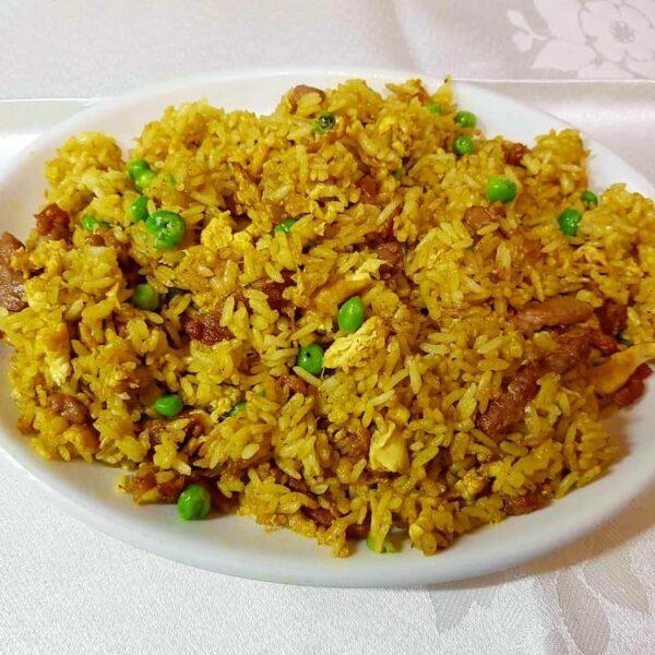 Arroz frito con carne y curry gran pekin ourense