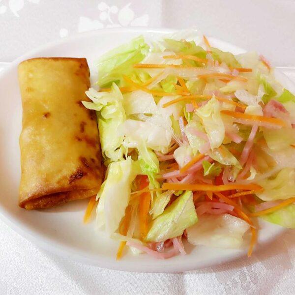 Rollito con ensalada gran pekin ourense