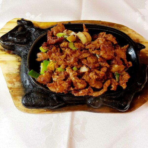 Ternera en bandeja quemada gran pekin ourense